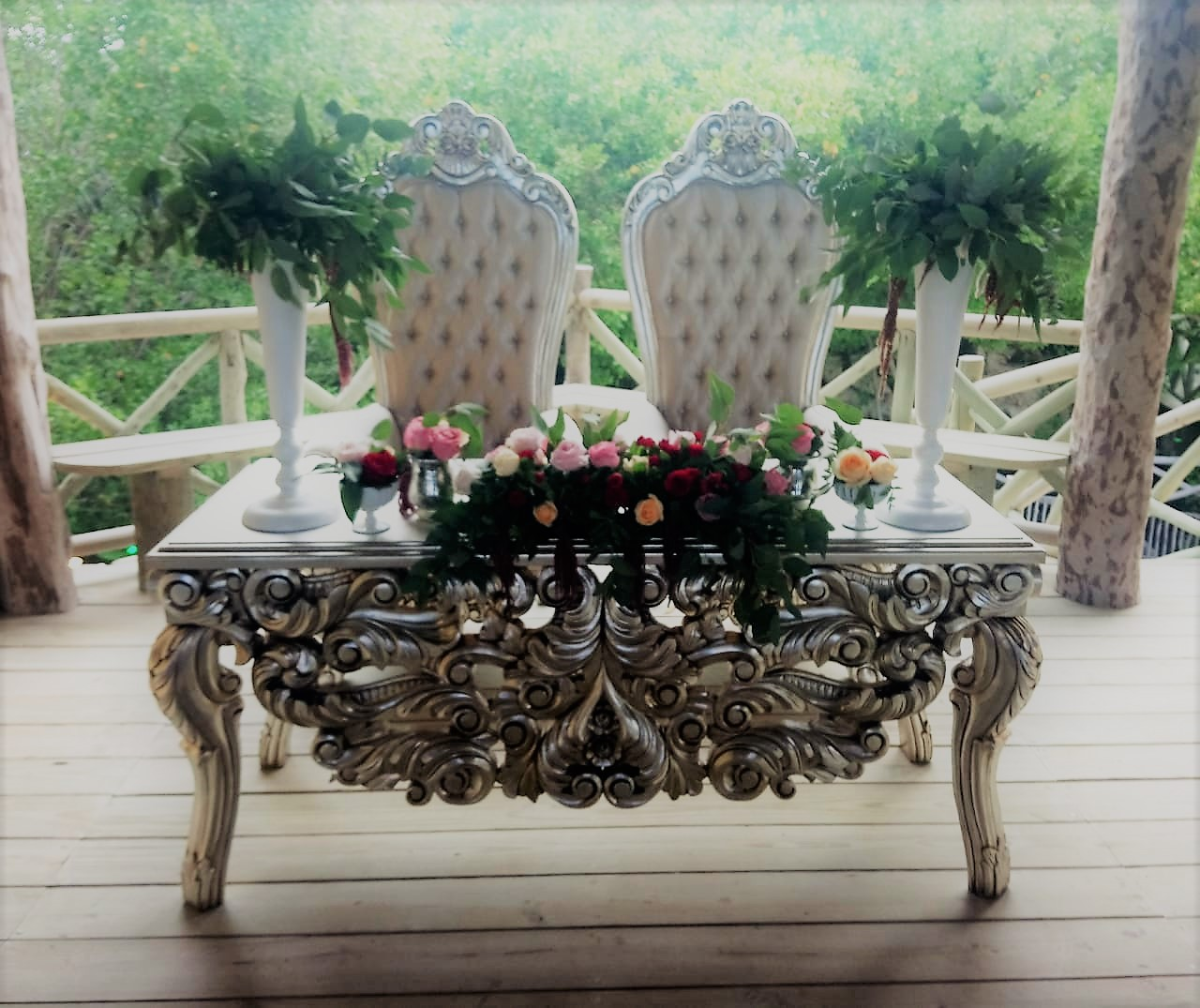 Silver Victorian Sweetheart Table