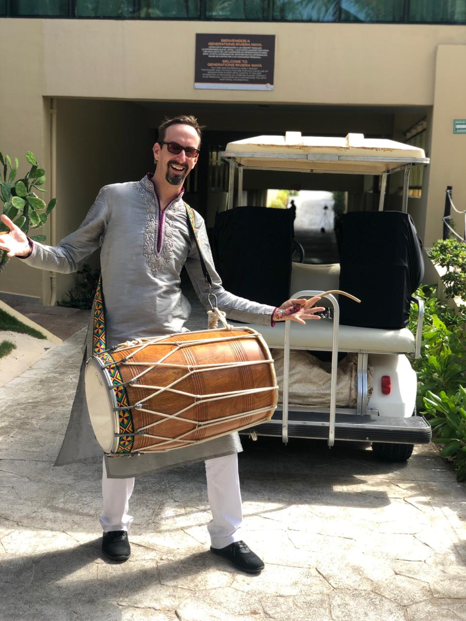 Dhol Golf Cart