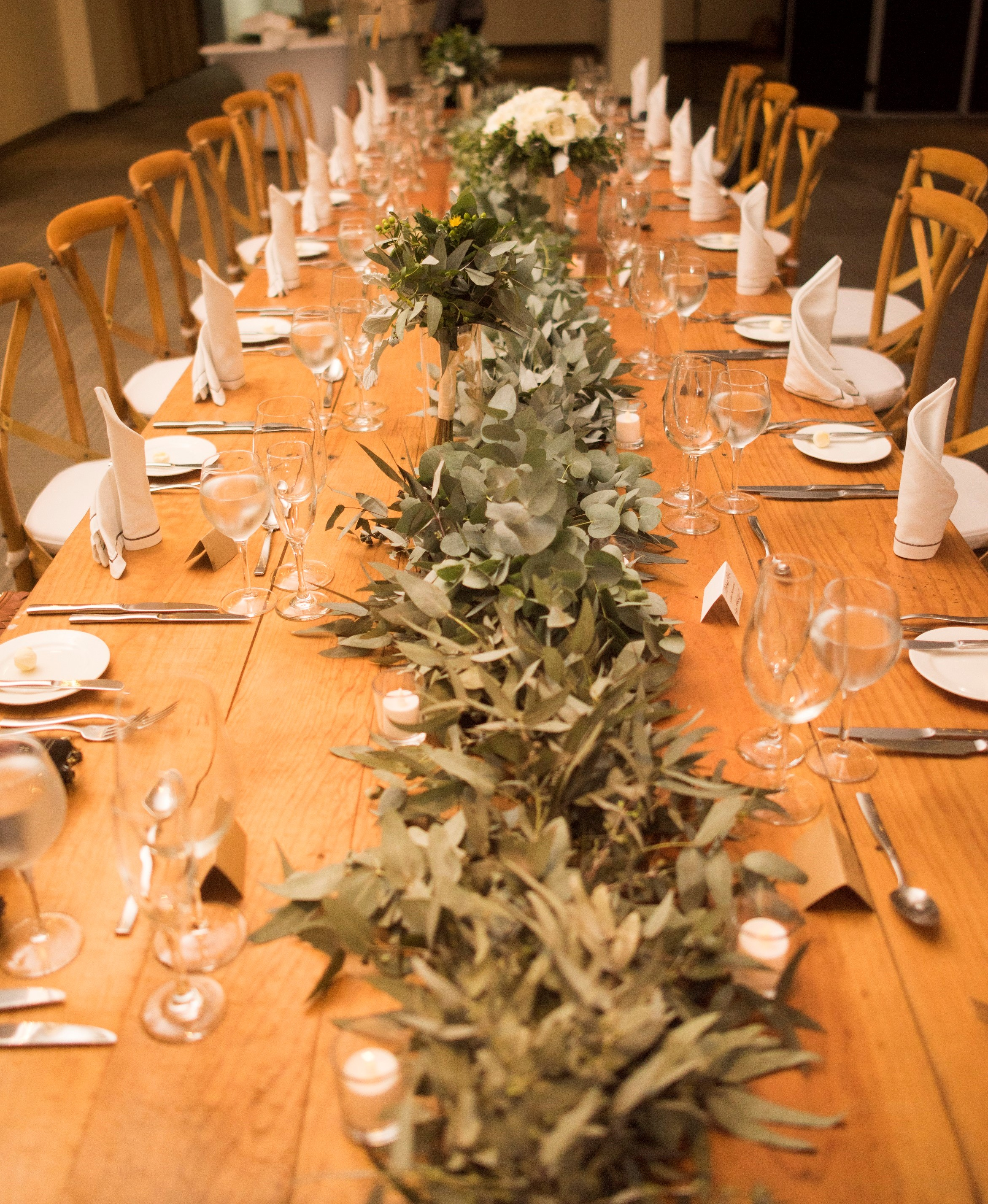 Eucalyptus Garland Long Table