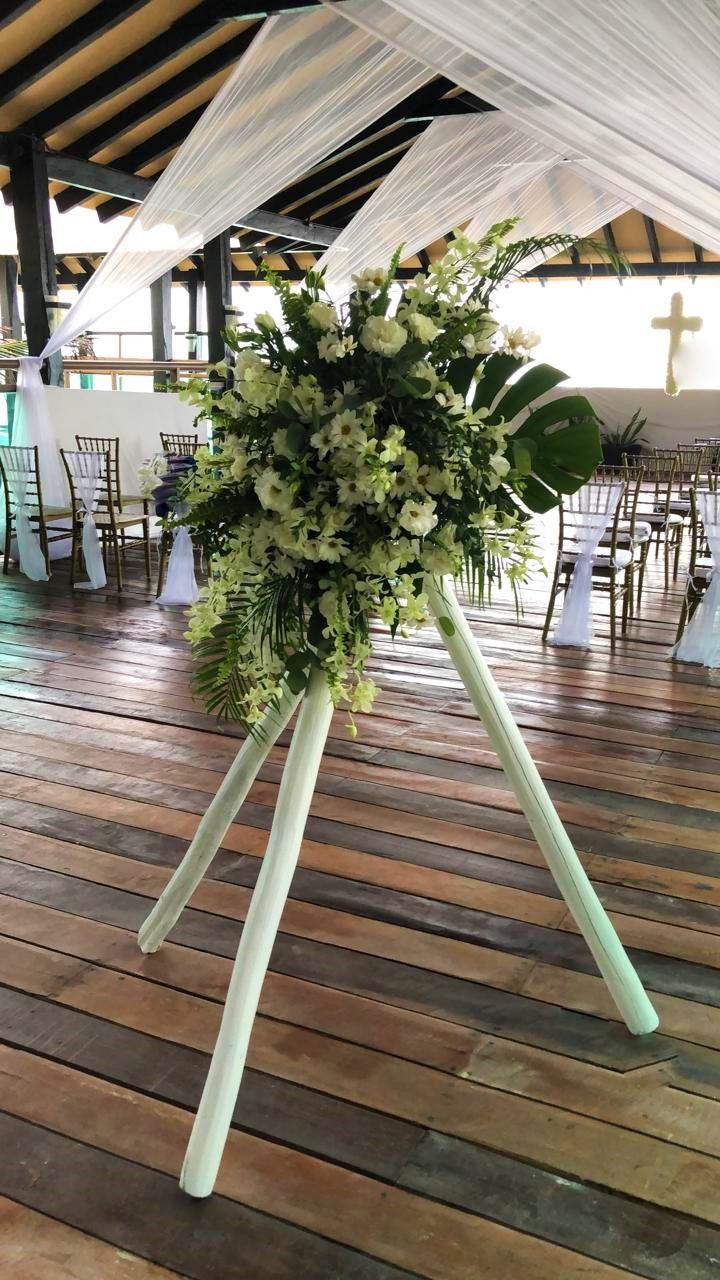 Floral Pedestal For Aisle