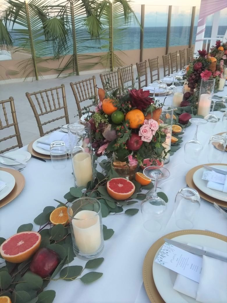 Foliage And Fruits Garland For Long Table Sky Deck Edss3
