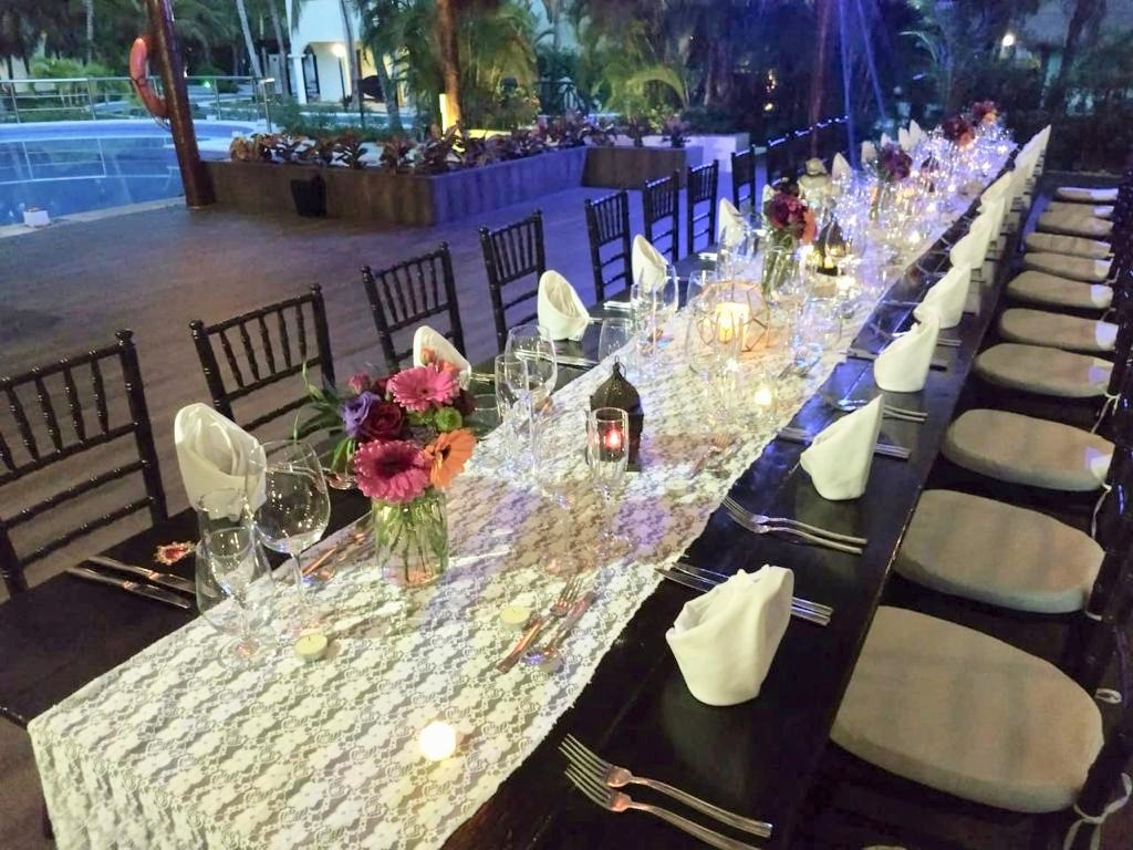 Lace Runner Long Table