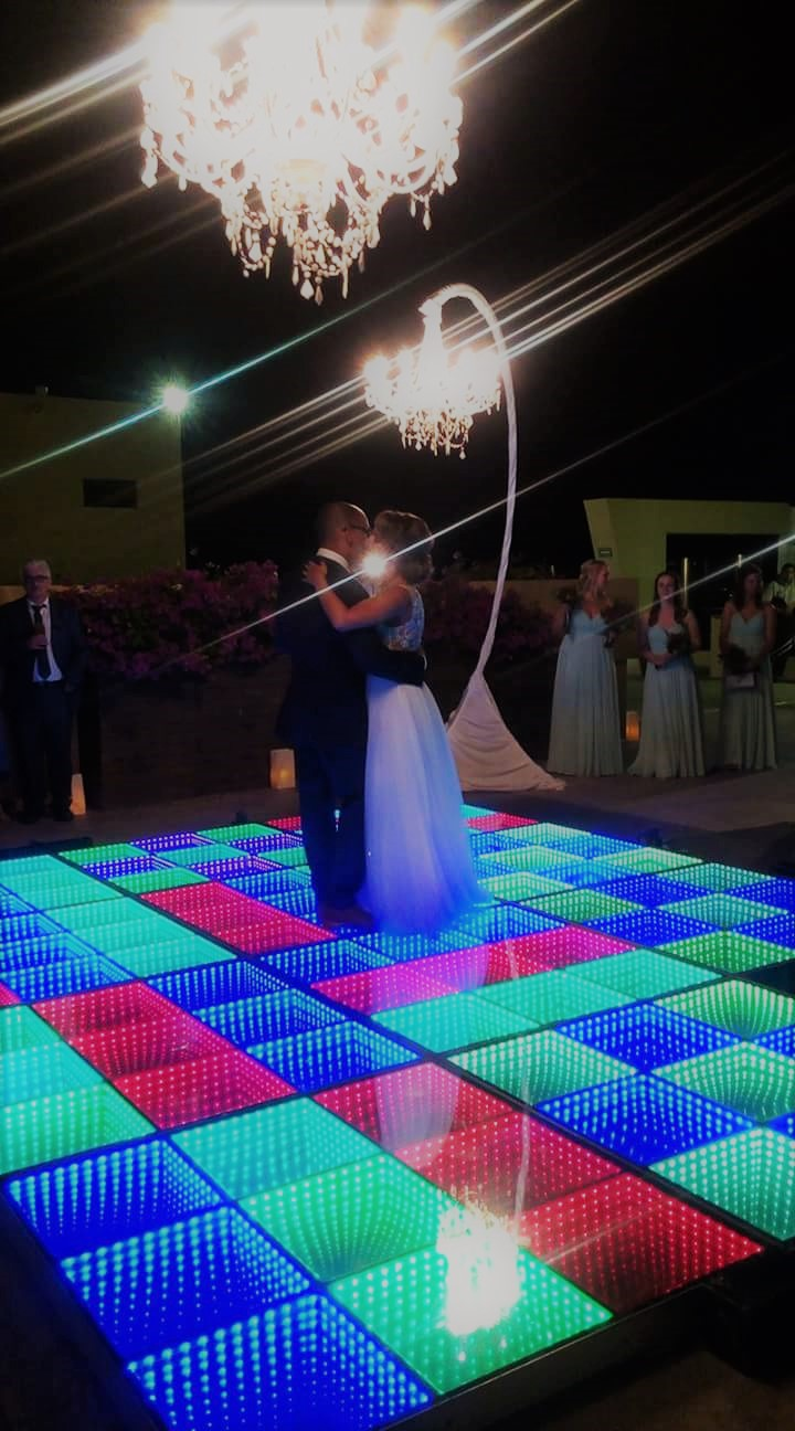 Led Dance Floor And Free Standing Chandeliers