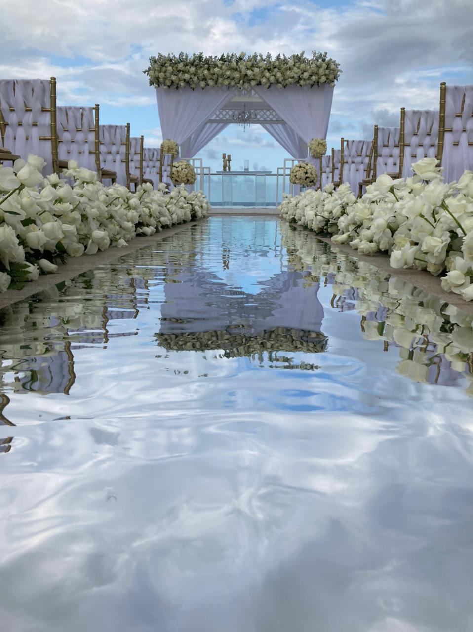 Mirror Aisle White Roses Walkway And Top Frontal Gazebo Grecian Style Tiffany Gold