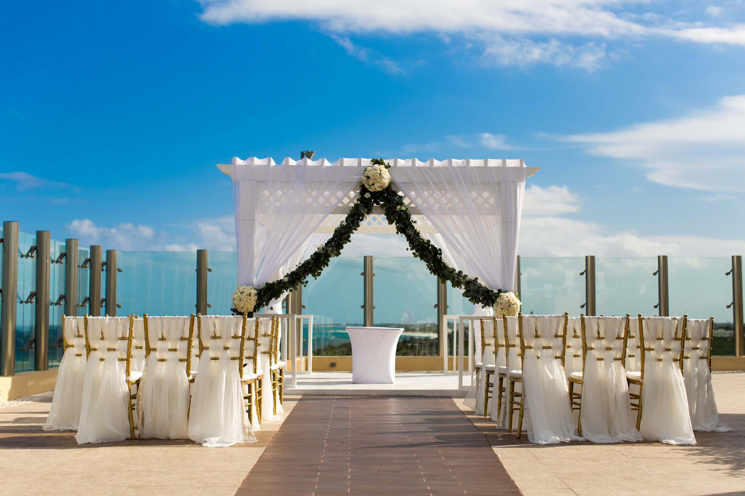 Sky Deck With Garland And Grecian Style Chairs