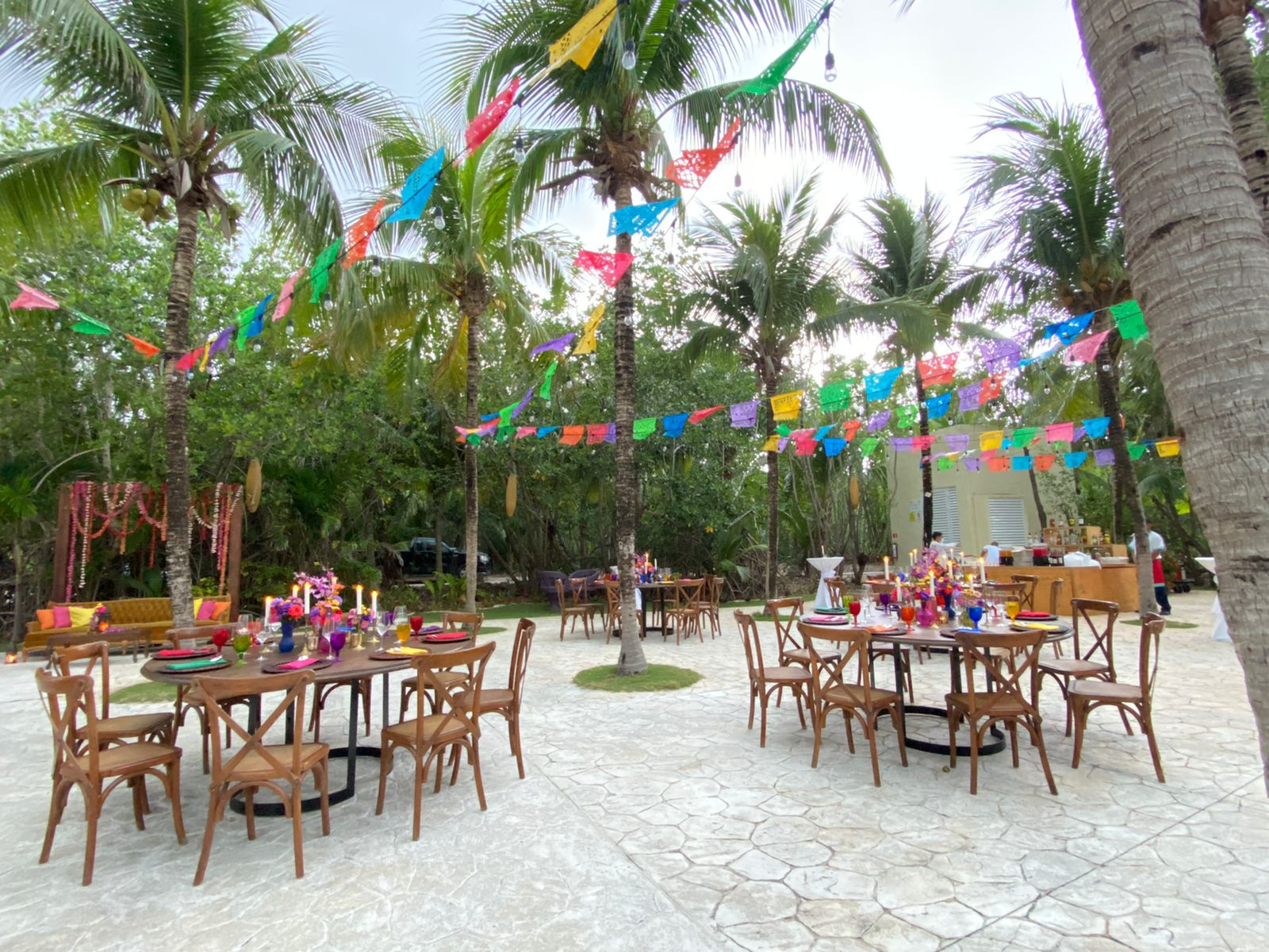 Mexican_kiosk_welcome_event